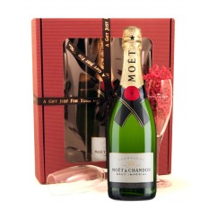 Hampers and Gifts to the UK - Send the Flutes and Champagne - Moet Chandon