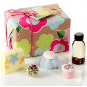 Hampers and Gifts to the UK - Send the Aromatherapy
