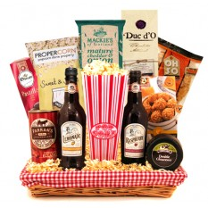 Hampers and Gifts to the UK - Send the Sweets and Treats Gift Basket