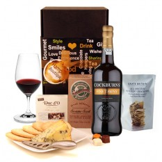 Hampers and Gifts to the UK - Send the Port and Stilton Hamper with Biscuits