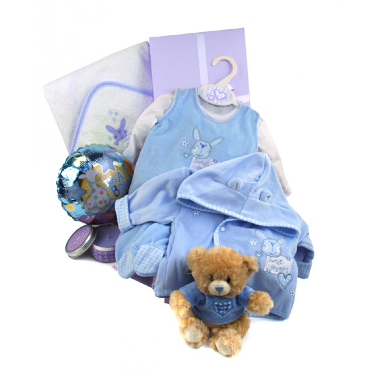 Luxury New Baby Gifts Uk : Baby boy luxury hamper with sweet dreams clothing and teddy