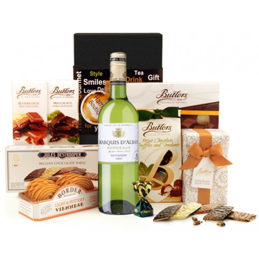 Hampers and Gifts to the UK - Send the Delightful Moments Sweet and White