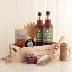 Hampers and Gifts to the UK - Send the Keep Calm I'm A Gardener Hamper