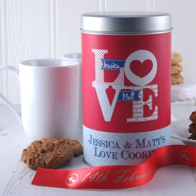 Hampers and Gifts to the UK - Send the Personalised Love Tin with a Dozen Cookies