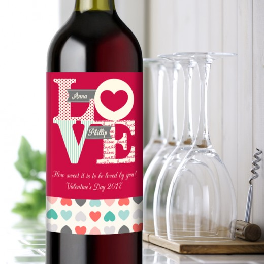 Hampers and Gifts to the UK - Send the Personalised LOVE Wine Gift