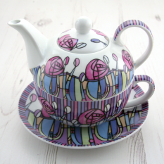 Hampers and Gifts to the UK - Send the Mackintosh Tea-for-One China Teapot