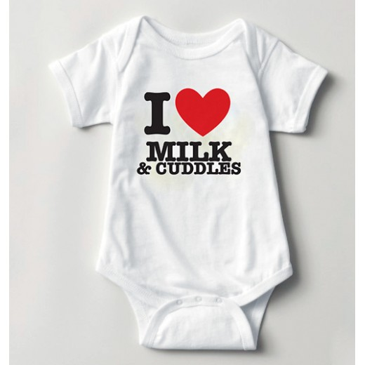 Hampers and Gifts to the UK - Send the Personalised I HEART Baby Vest