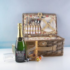 Hampers and Gifts to the UK - Send the Mr and Mrs Picnic Hamper for Two with Champagne