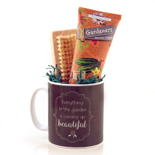 Hampers and Gifts to the UK - Send the Gardener's Mug Gift Set