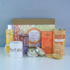 Hampers and Gifts to the UK - Send the Marvellous Mum's Sweets and Treats Gift Box