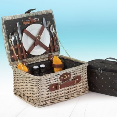 Hampers and Gifts to the UK - Send the Nature's Fitted Picnic Basket for Two
