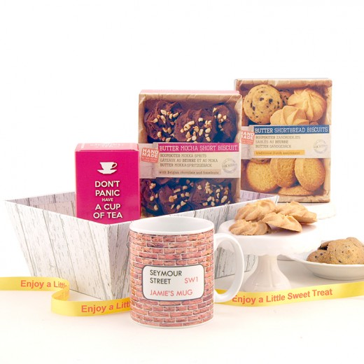 Hampers and Gifts to the UK - Send the Personalised New Home Biscuit Treat