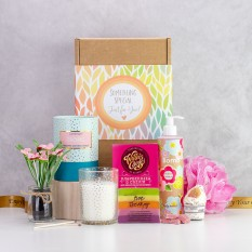Hampers and Gifts to the UK - Send the Summer Vibes Pamper Hamper