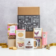 Hampers and Gifts to the UK - Send the You are Tea-riffic Tea and Cake Hamper