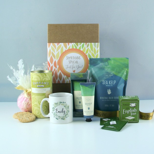 Hampers and Gifts to the UK - Send the Seascape Pamper Hamper