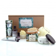 Hampers and Gifts to the UK - Send the Tropical Aromas Pamper Me Hamper