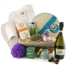 Hampers and Gifts to the UK - Send the Ultimate Pamper Hamper