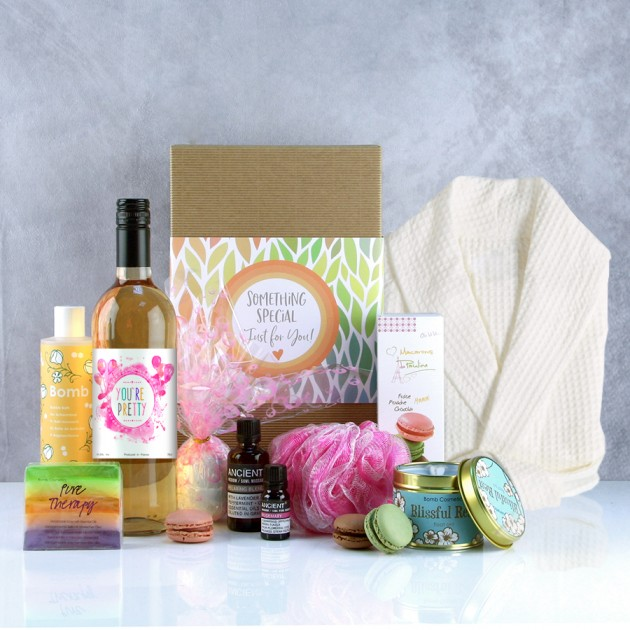 Hampers and Gifts to the UK - Send the You're Pretty Spa Therapy Pamper Hamper