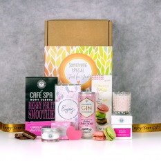 Hampers and Gifts to the UK - Send the Perfectly Pink and Pampered Gift Set