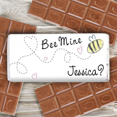 Hampers and Gifts to the UK - Send the Personalised Chocolate Bar Bee Mine