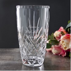 Hampers and Gifts to the UK - Send the Personalised Crystal Vase