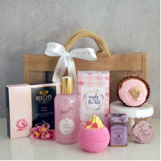 Hampers and Gifts to the UK - Send the Pink Sensation Gift Set