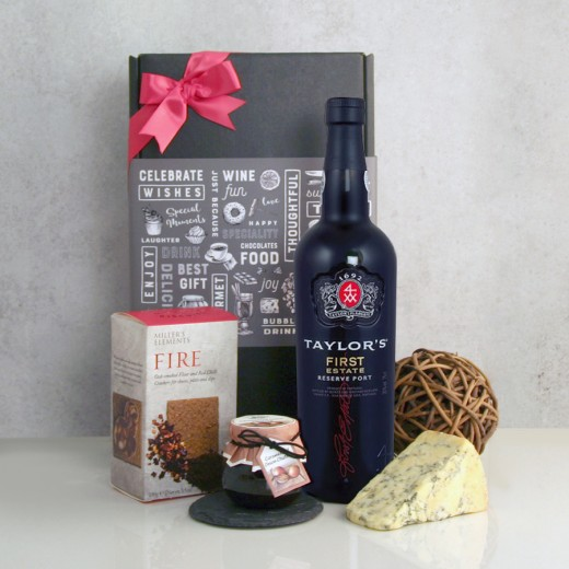 Hampers and Gifts to the UK - Send the Port and Stilton Hamper with Crackers