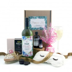Hampers and Gifts to the UK - Send the You're Pretty Pamper Me Hamper
