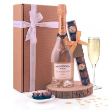 Personalised Prosecco and Chocolates