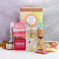 Hampers and Gifts to the UK - Send the Prosecco Princess Gift Box