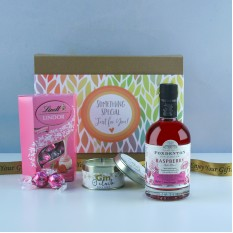 Hampers and Gifts to the UK - Send the Raspberry Moments Gin Lover Hamper