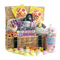 Hampers and Gifts to the UK - Send the Sweet Shop Style Traditional Hamper