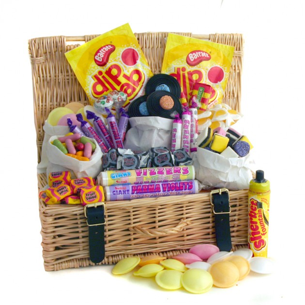 Hampers and Gifts to the UK - Send the Traditional Style Retro Sweets Hamper