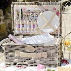 Hampers and Gifts to the UK - Send the Vintage Rose Picnic Basket for Two