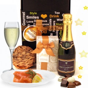 Hampers and Gifts to the UK - Send the Salmon Hampers
