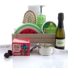 Hampers and Gifts to the UK - Send the Shea Bliss and Bubbles Gift Basket