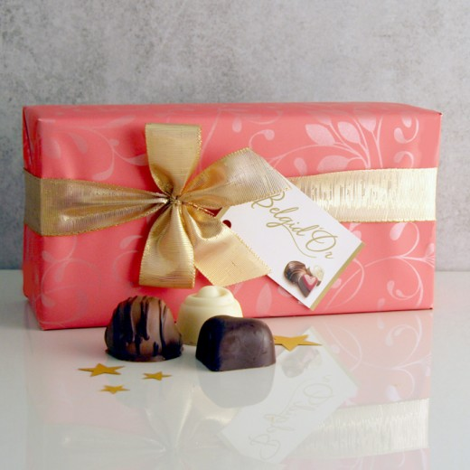 Hampers and Gifts to the UK - Send the Gift Wrapped Chocolate Box - Small
