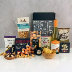 Hampers and Gifts to the UK - Send the Snack Attack Wine Hamper