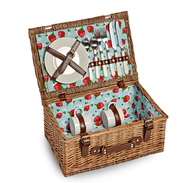 Hampers and Gifts to the UK - Send the Strawberry Fields Picnic Basket - 2 Person