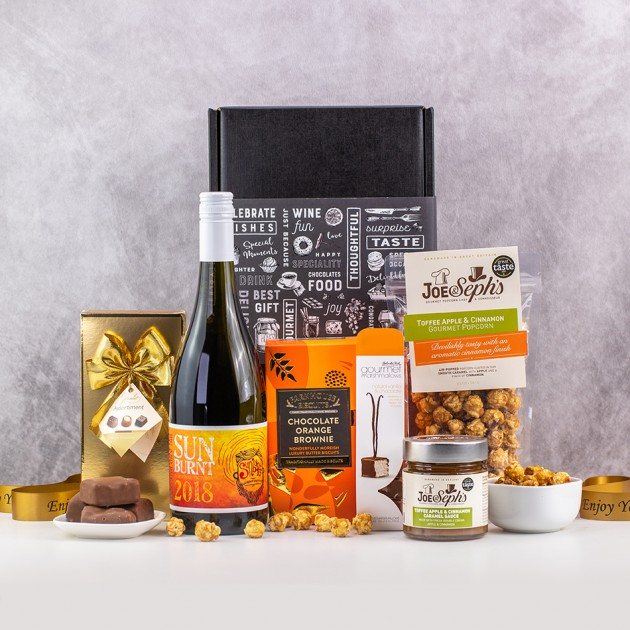 Hampers and Gifts to the UK - Send the A Taste of Sun Wine & Treats Hamper