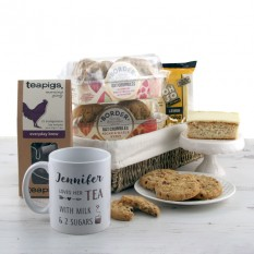 Hampers and Gifts to the UK - Send the Personalised Tea and Cookies Gift Basket