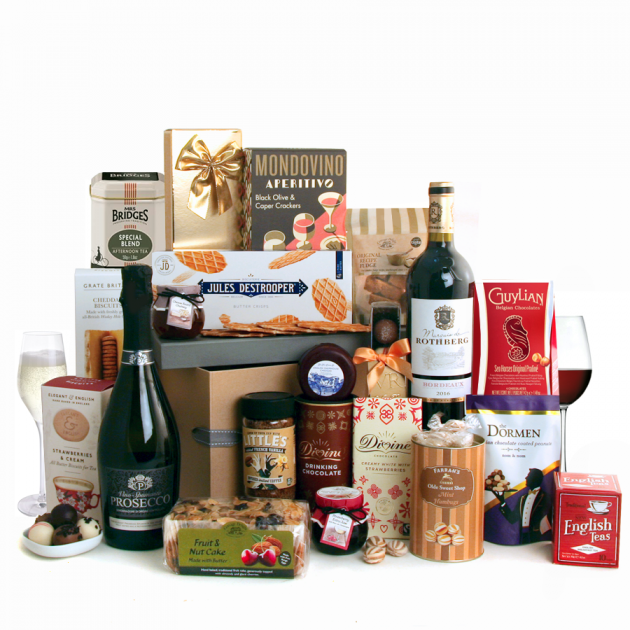 Hampers and Gifts to the UK - Send the A Touch of Class Luxury Hamper