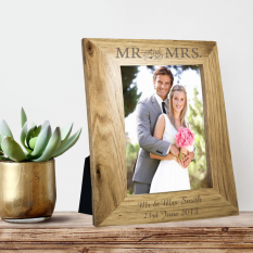 Hampers and Gifts to the UK - Send the Mr and Mrs Wooden Frame