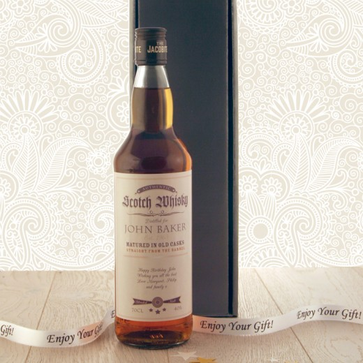 Hampers and Gifts to the UK - Send the Personalised Classic Label Whisky Gift Box