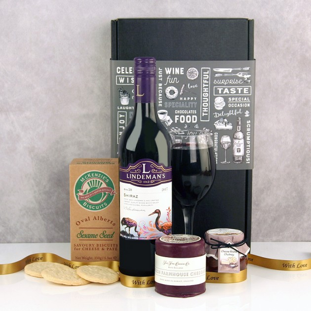Hampers and Gifts to the UK - Send the Wine Cheese and Biscuits Gift