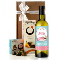 Hampers and Gifts to the UK - Send the Simply the Best Mum Wine and Chocolates