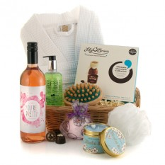 Hampers and Gifts to the UK - Send the You're Pretty Spa Pamper Hamper