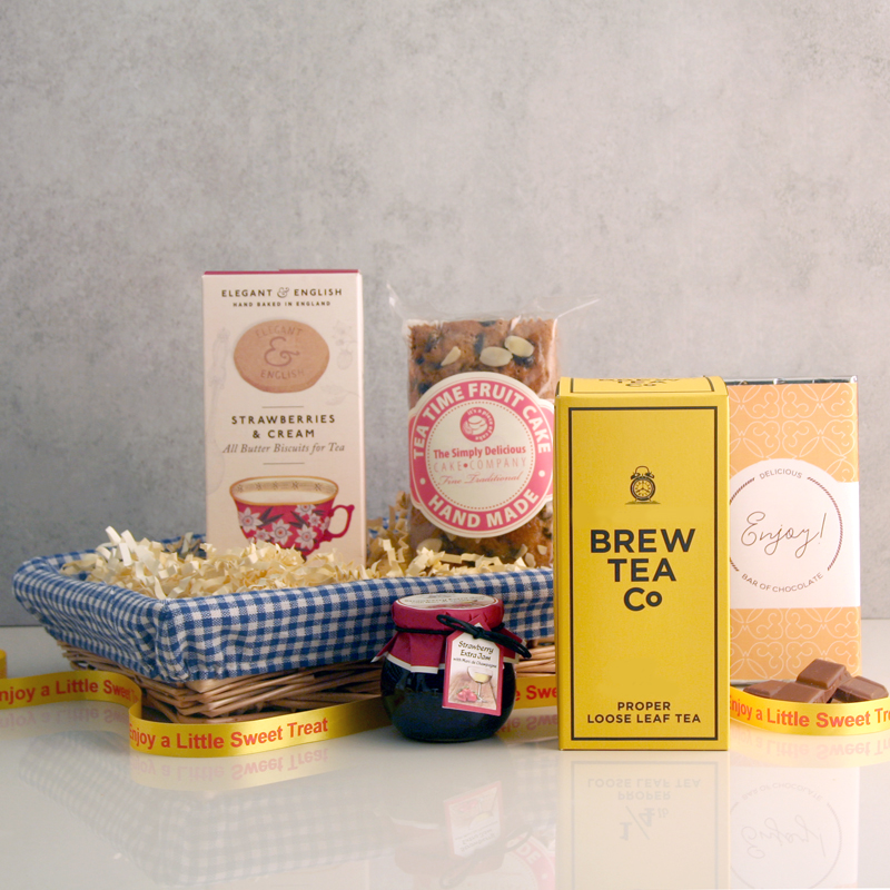 Top Gift for Grandma -Afternoon Tea and Cake Gift Basket
