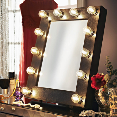 Hollywood style mirror for a glamorous mum...