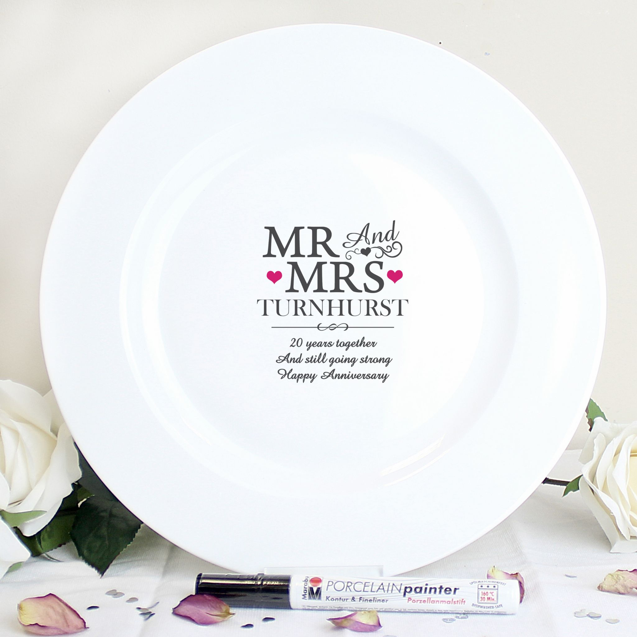 Mr and Mrs Message Plate with Personalisation Pen for Family and Friends to Sign